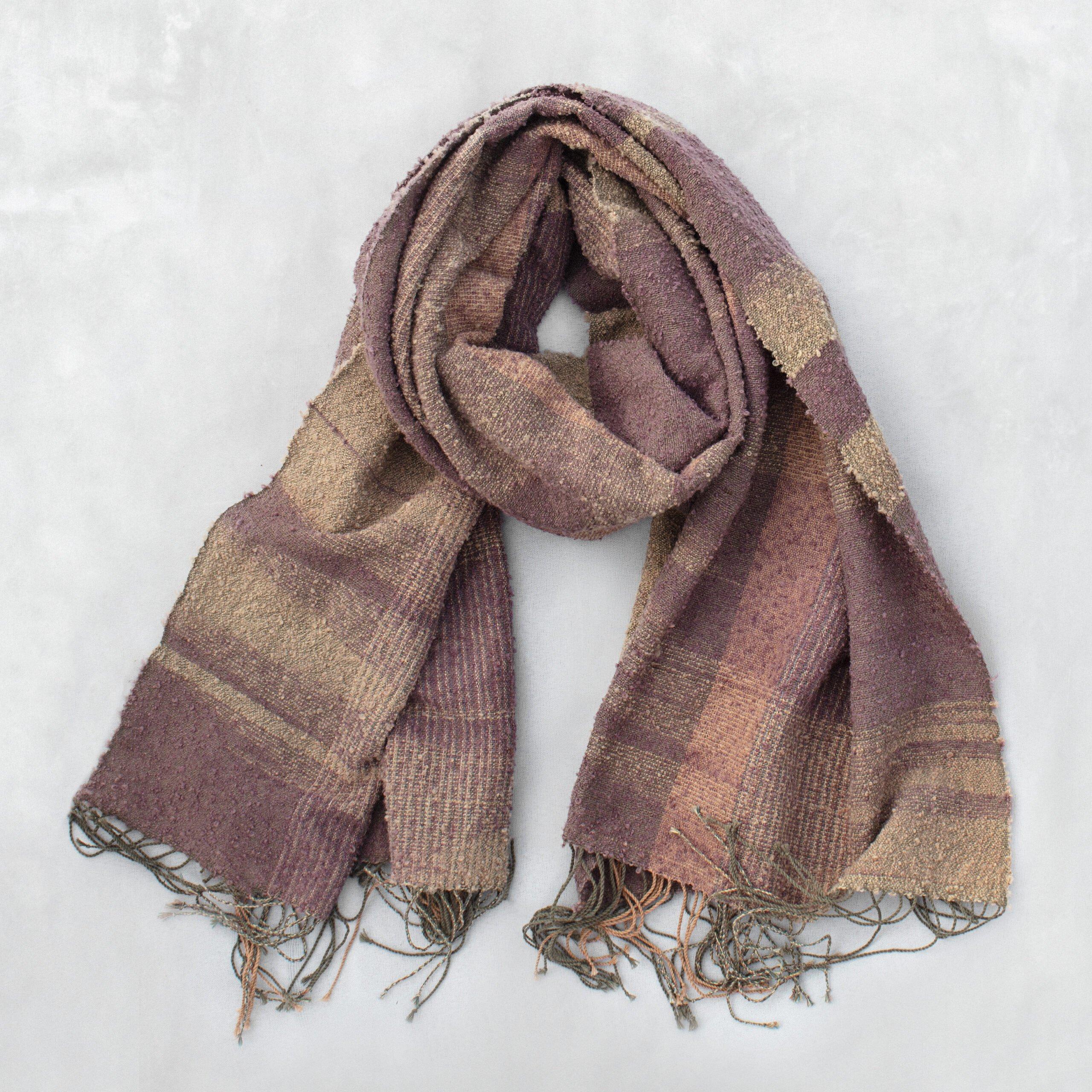 Artisan handwoven scarf handloom